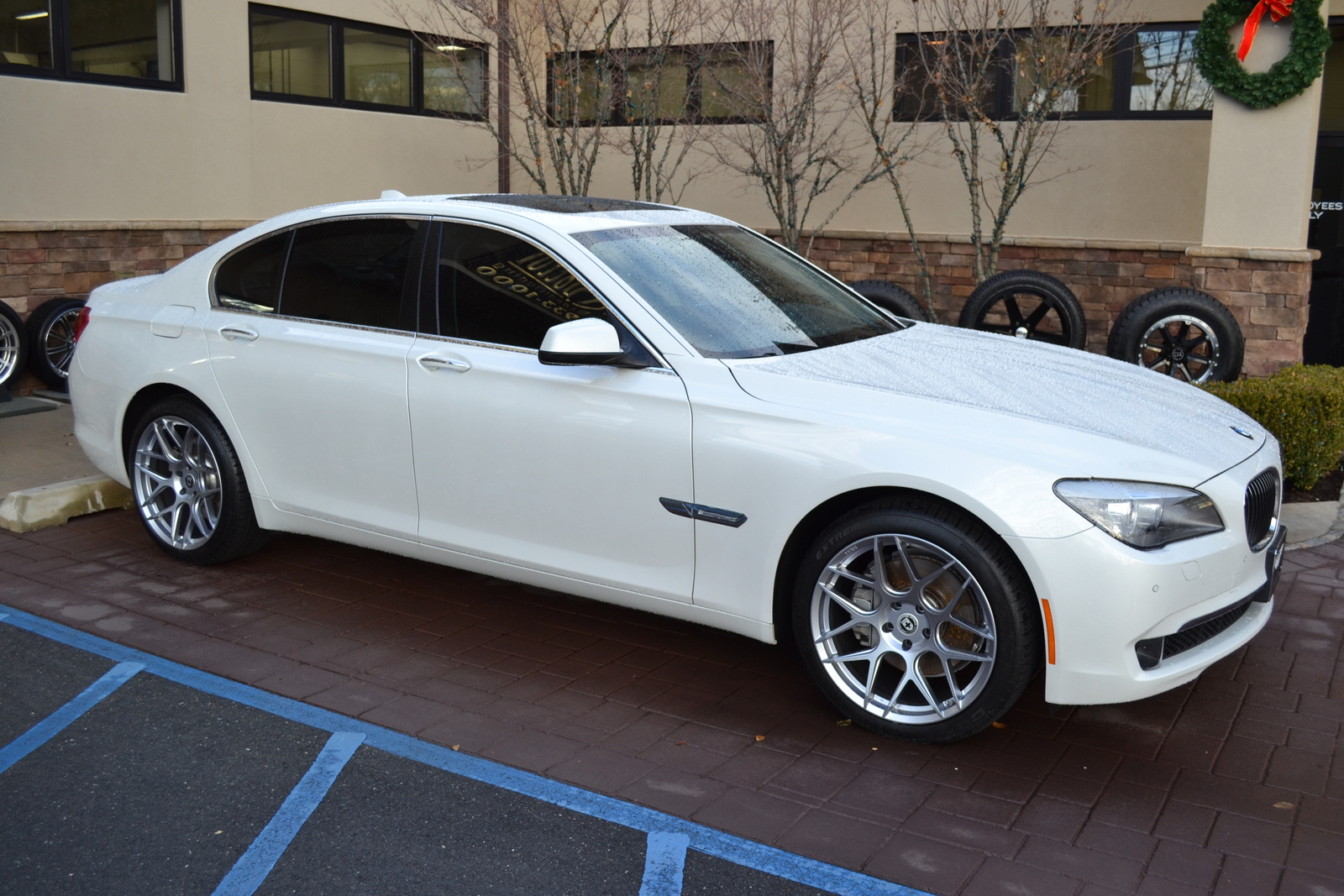 BMW 7 series 730Li 2012 photo - 12