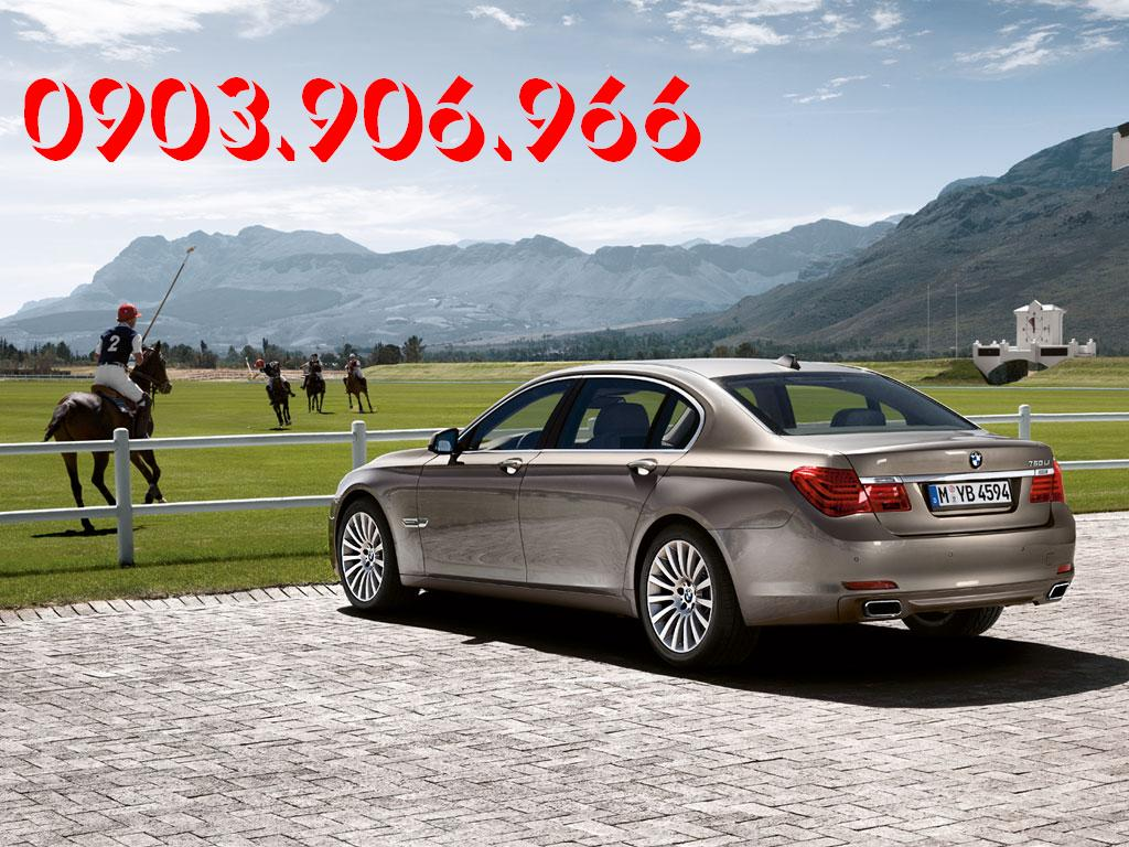 BMW 7 series 730Li 2012 photo - 3
