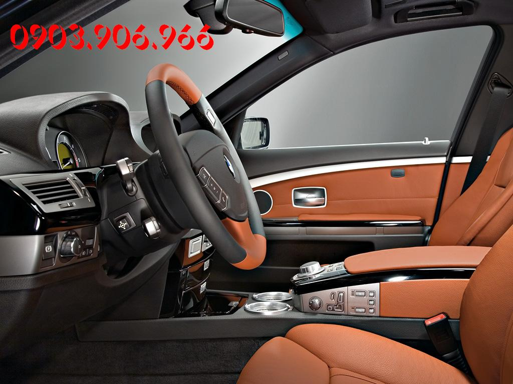 BMW 7 series 730Li 2012 photo - 4