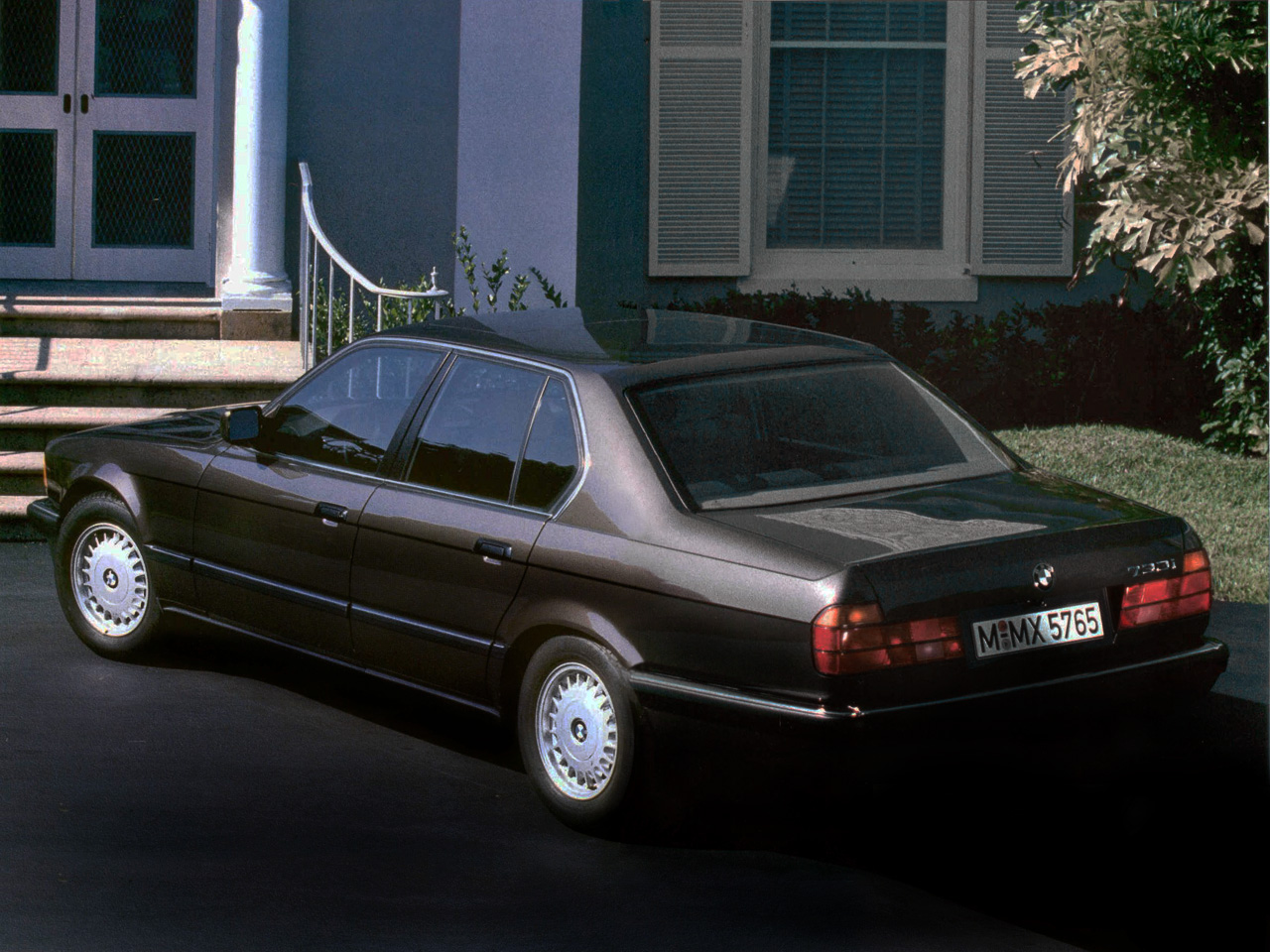 BMW 7 series 730i 1986 photo - 1