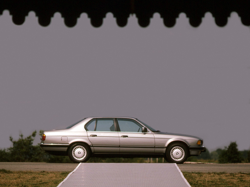 BMW 7 series 730i 1986 photo - 2