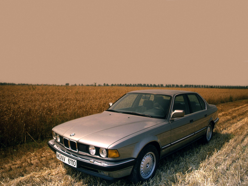BMW 7 series 730i 1986 photo - 3