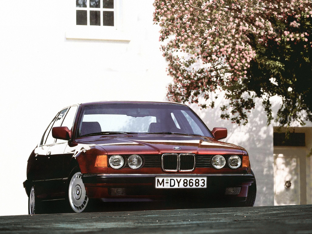BMW 7 series 730i 1986 photo - 4