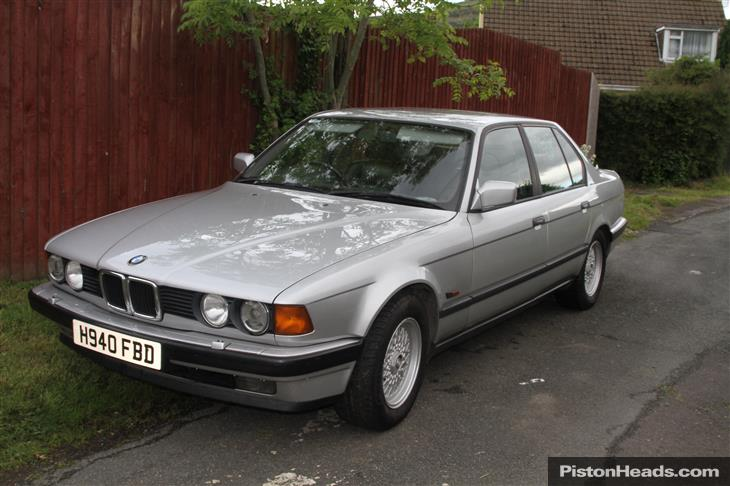 BMW 7 series 730i 1990 photo - 3