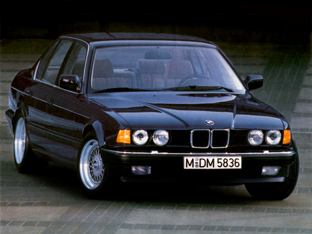 BMW 7 series 730i 1992 photo - 8