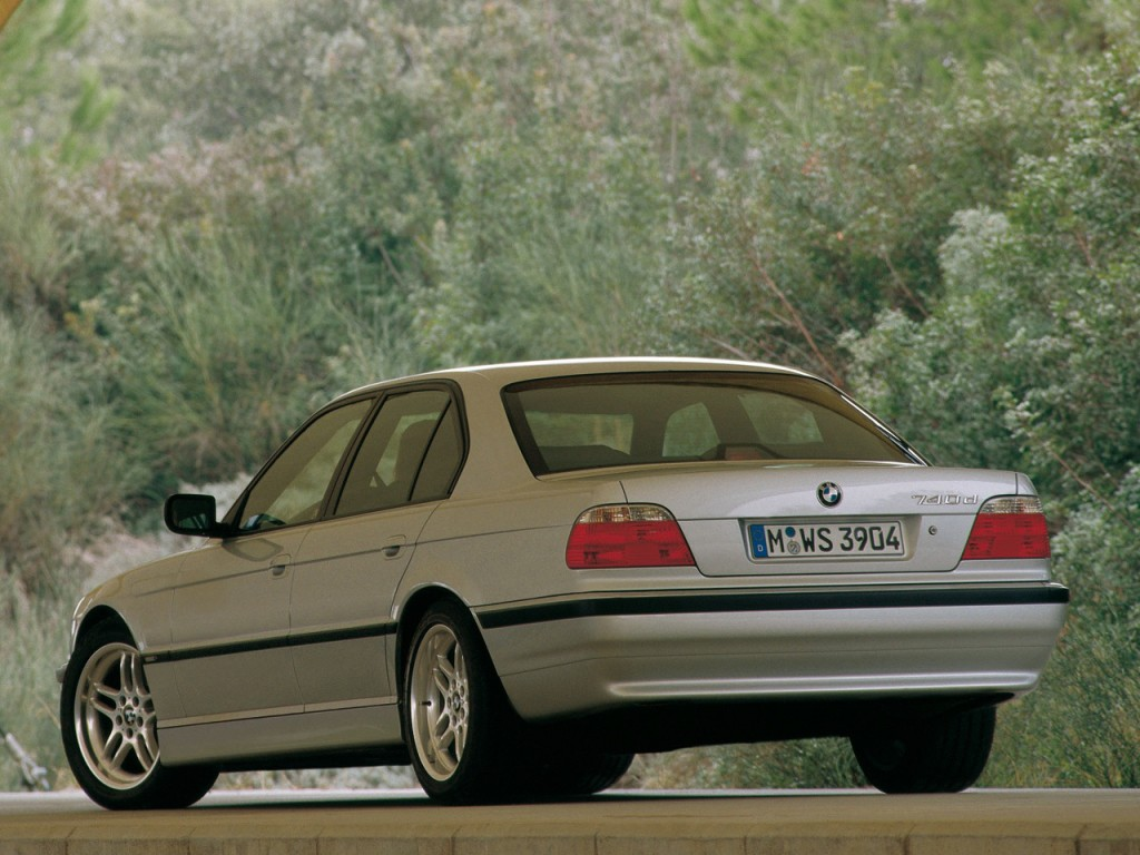 BMW 7 series 730i 1995 photo - 10
