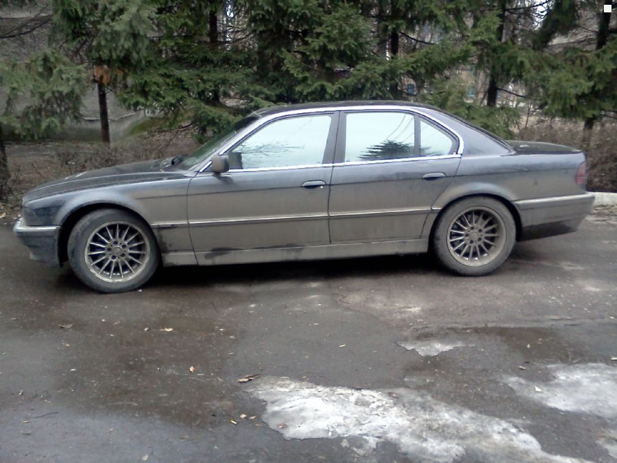 BMW 7 series 730i 1995 photo - 3