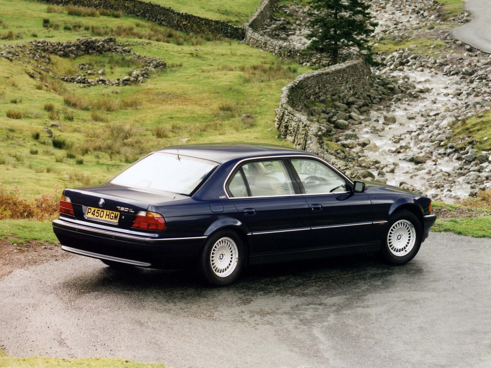 BMW 7 series 730i 1995 photo - 8