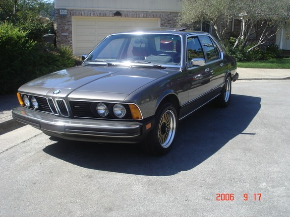 BMW 7 series 732i 1979 photo - 10
