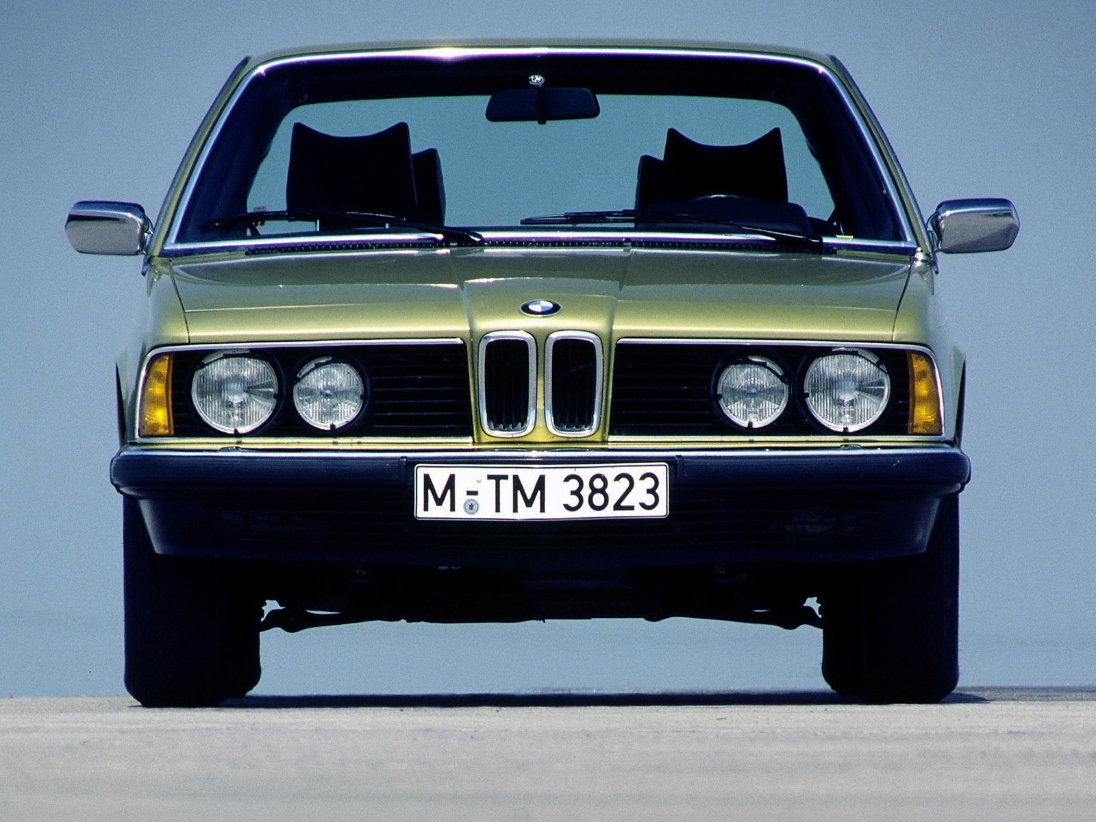 BMW 7 series 732i 1979 photo - 12