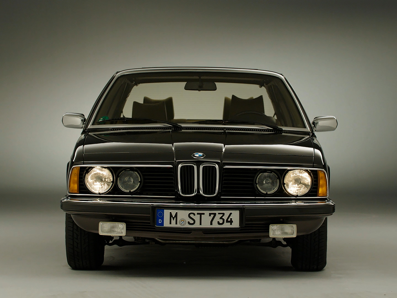 BMW 7 series 733i 1977 photo - 11