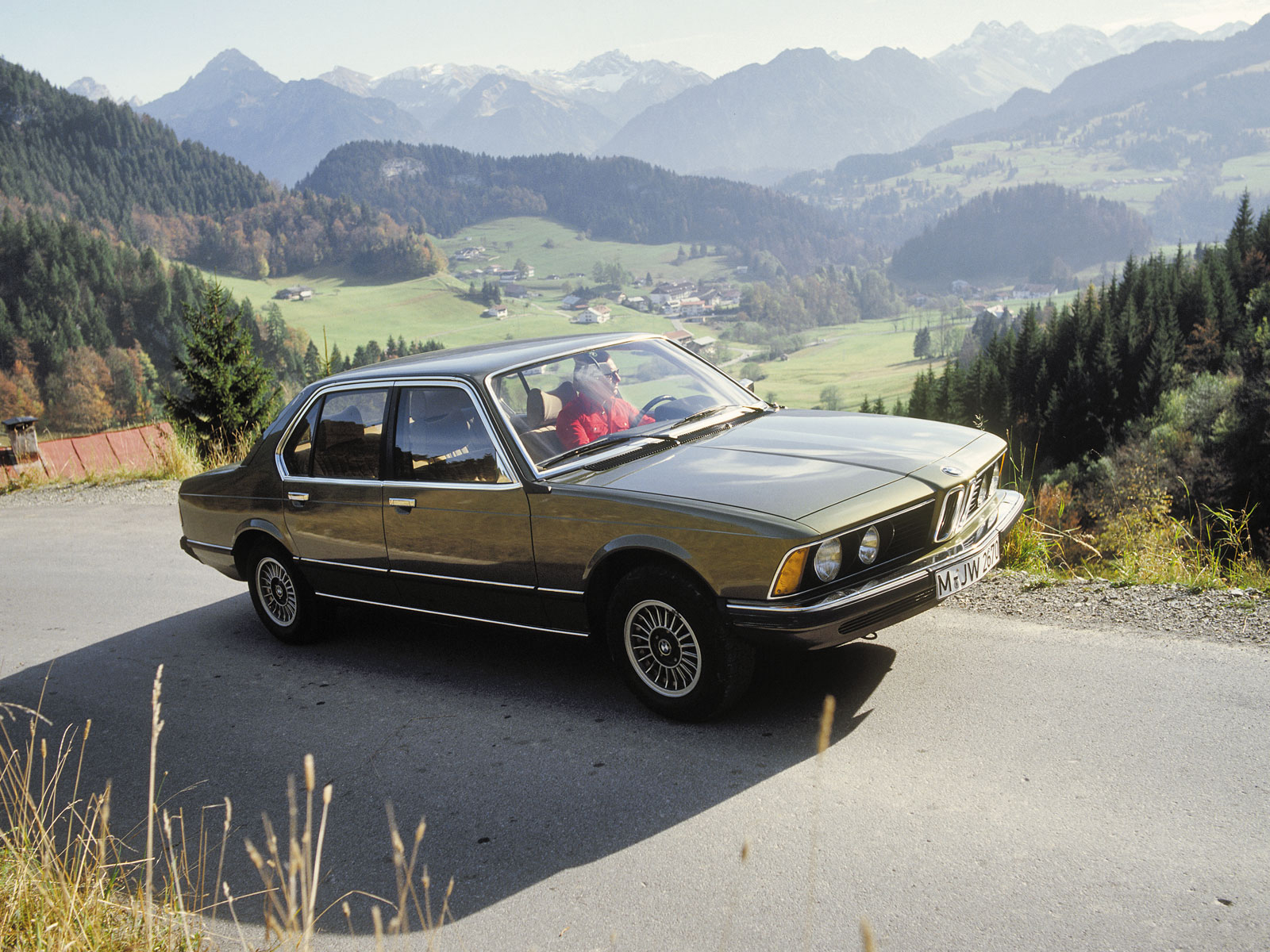 BMW 7 series 733i 1977 photo - 2