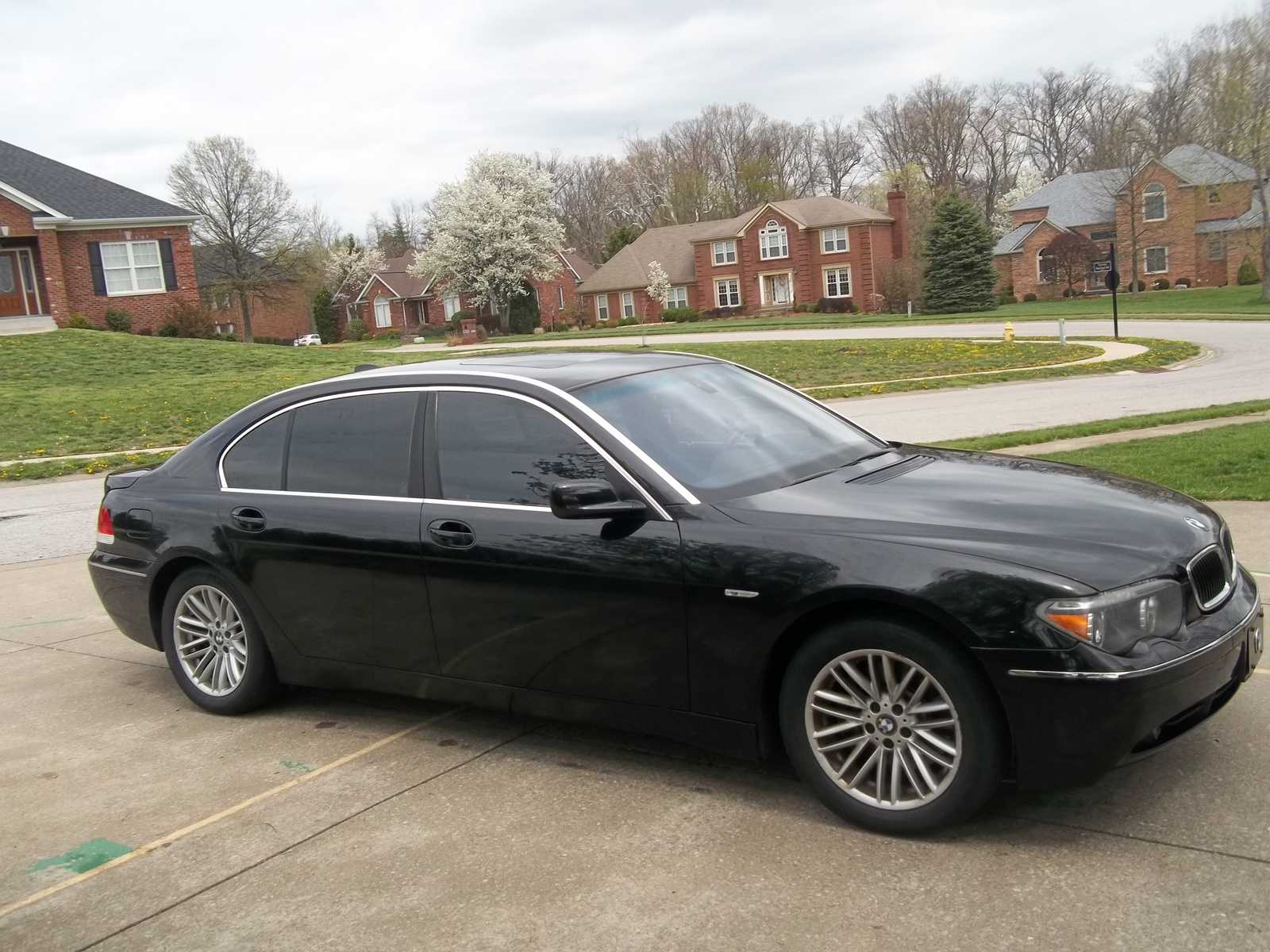 BMW 7 series 735Li 2004 photo - 2