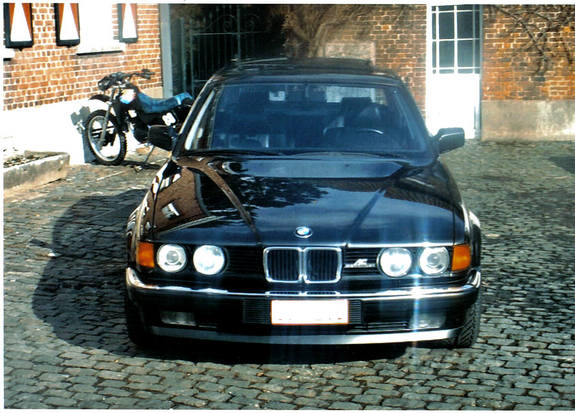 BMW 7 series 735i 1993 photo - 3