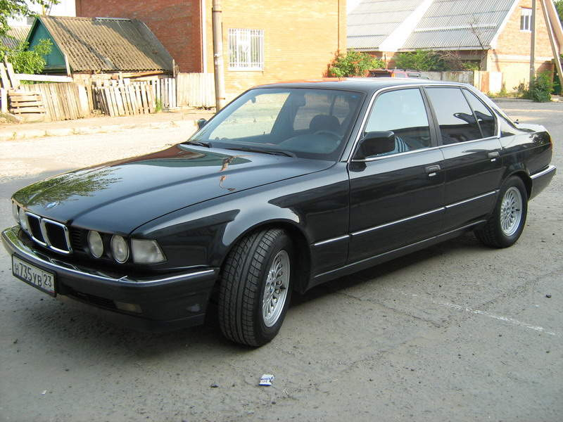 BMW 7 series 735i 1993 photo - 8