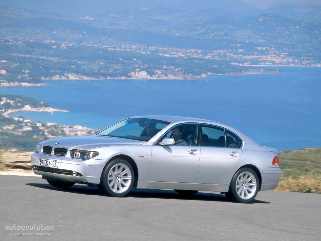 BMW 7 series 735i 2005 photo - 10