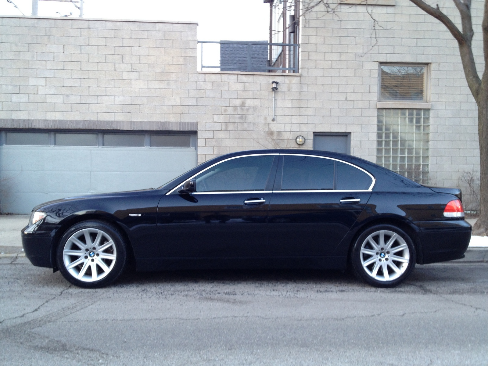 BMW 7 series 735i 2005 photo - 8