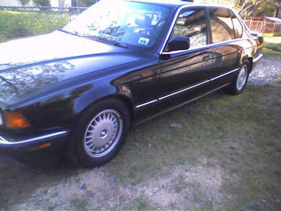 BMW 7 series 735iL 1988 photo - 11
