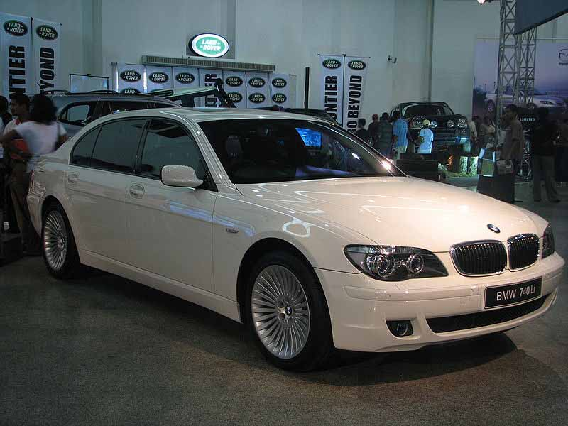 BMW 7 series 740Li 2008 photo - 9