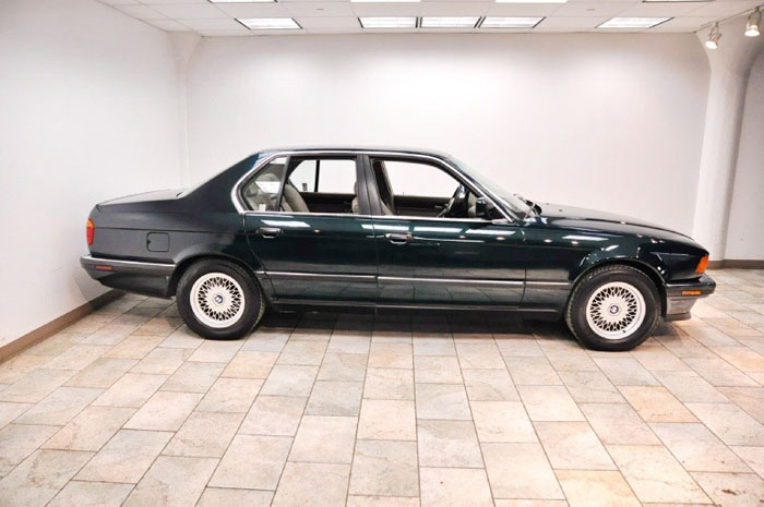 BMW 7 series 740i 1994 photo - 4