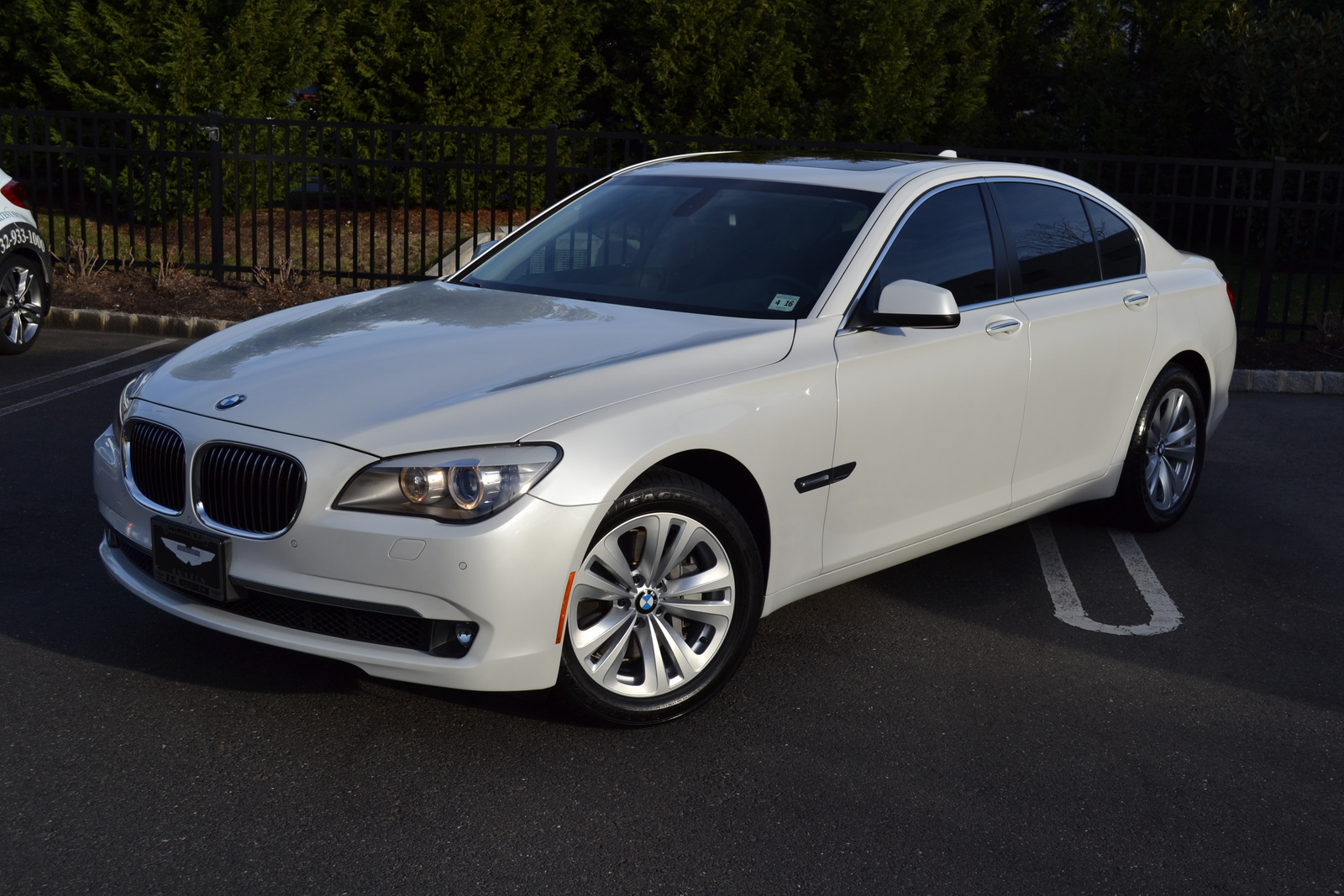 BMW 7 series 740i 2012 photo - 2
