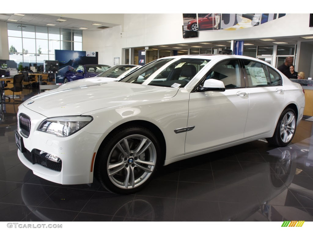 BMW 7 series 740i 2012 photo - 5