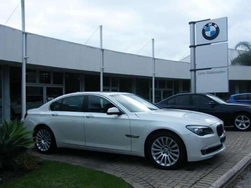 BMW 7 series 740i 2012 photo - 8