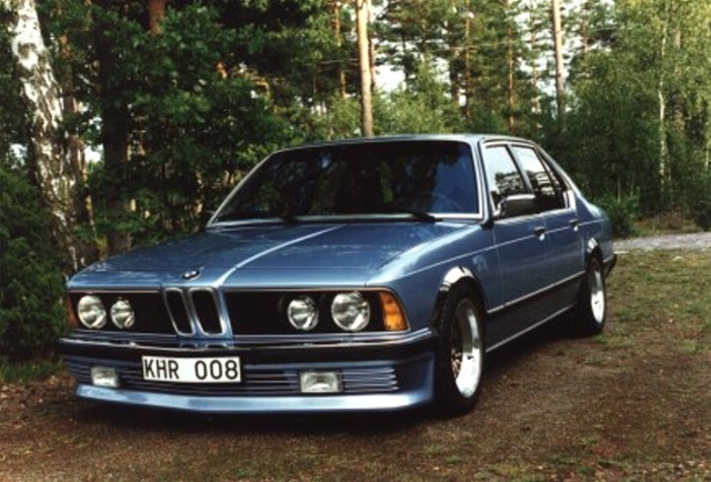 BMW 7 series 740iL 1986 photo - 11