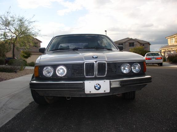 BMW 7 series 745i 1987 photo - 10