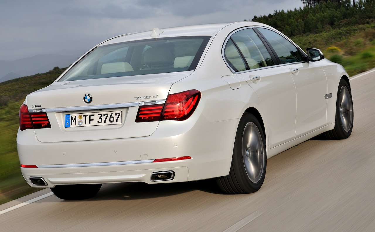 BMW 7 series 750d 2013 photo - 3