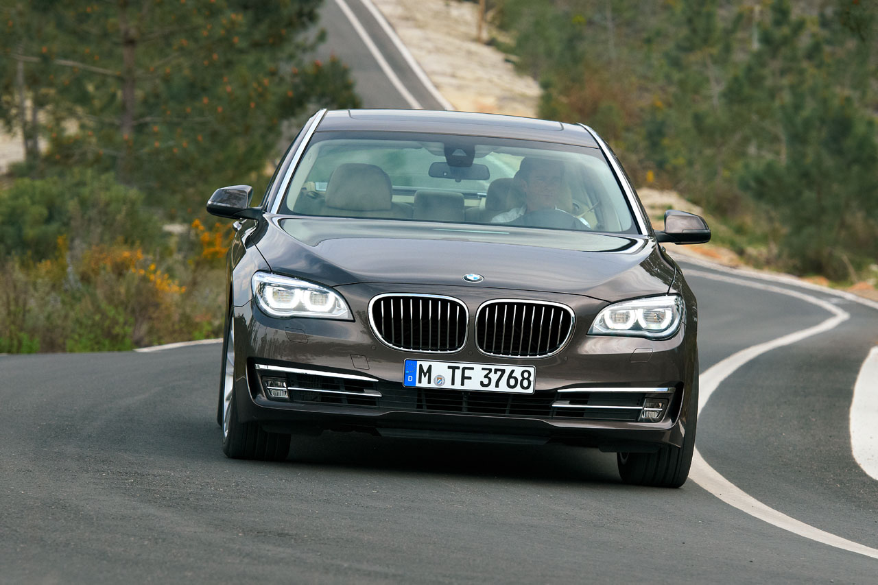 BMW 7 series 750d 2013 photo - 7