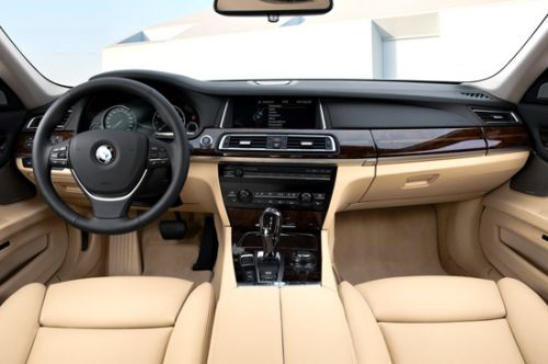 BMW 7 series 750d 2013 photo - 8