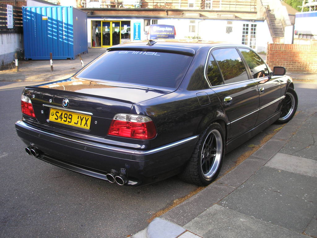 BMW 7 series 750i 1999 photo - 1