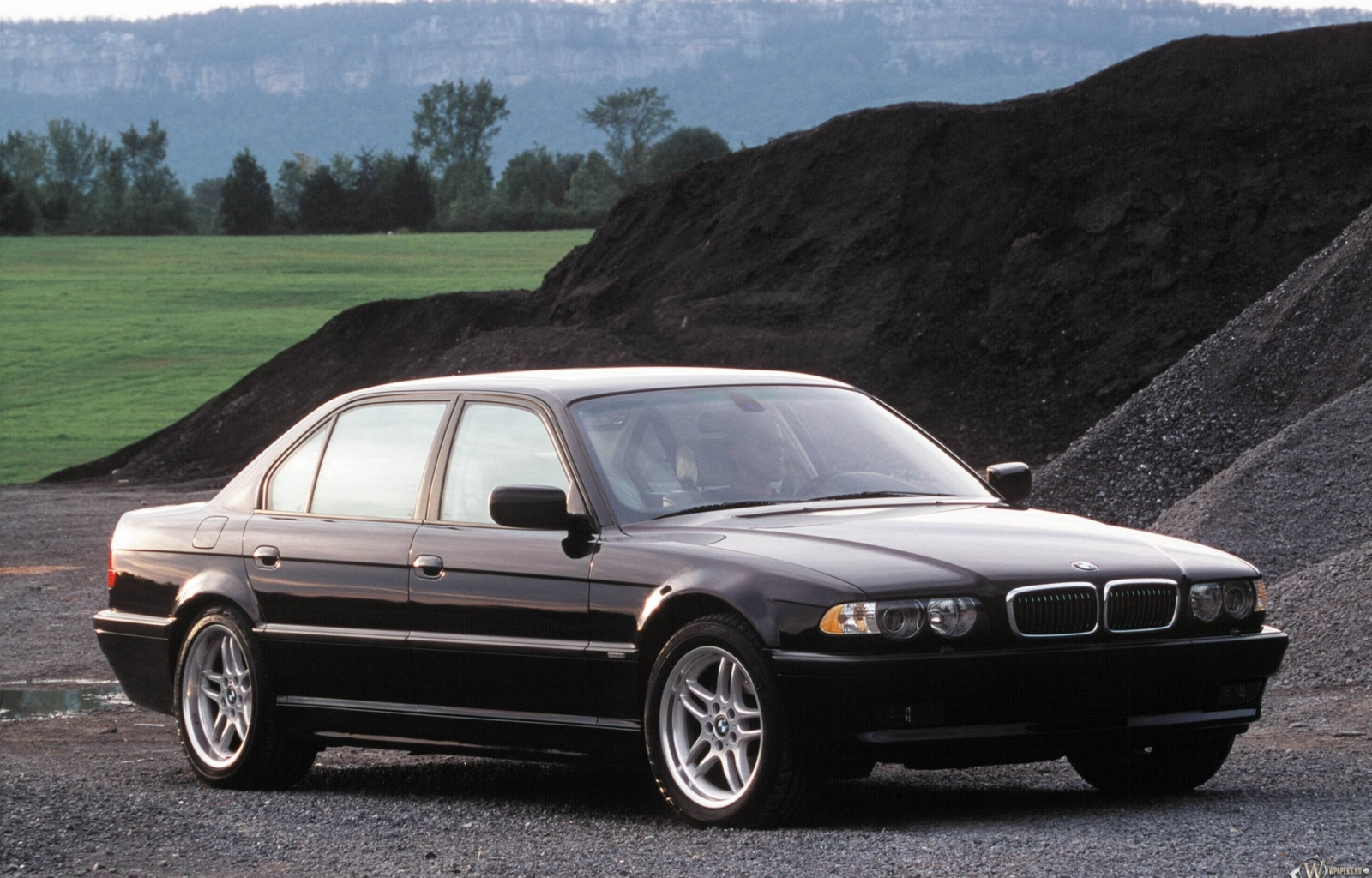 BMW 7 series 750i 1999 photo - 4