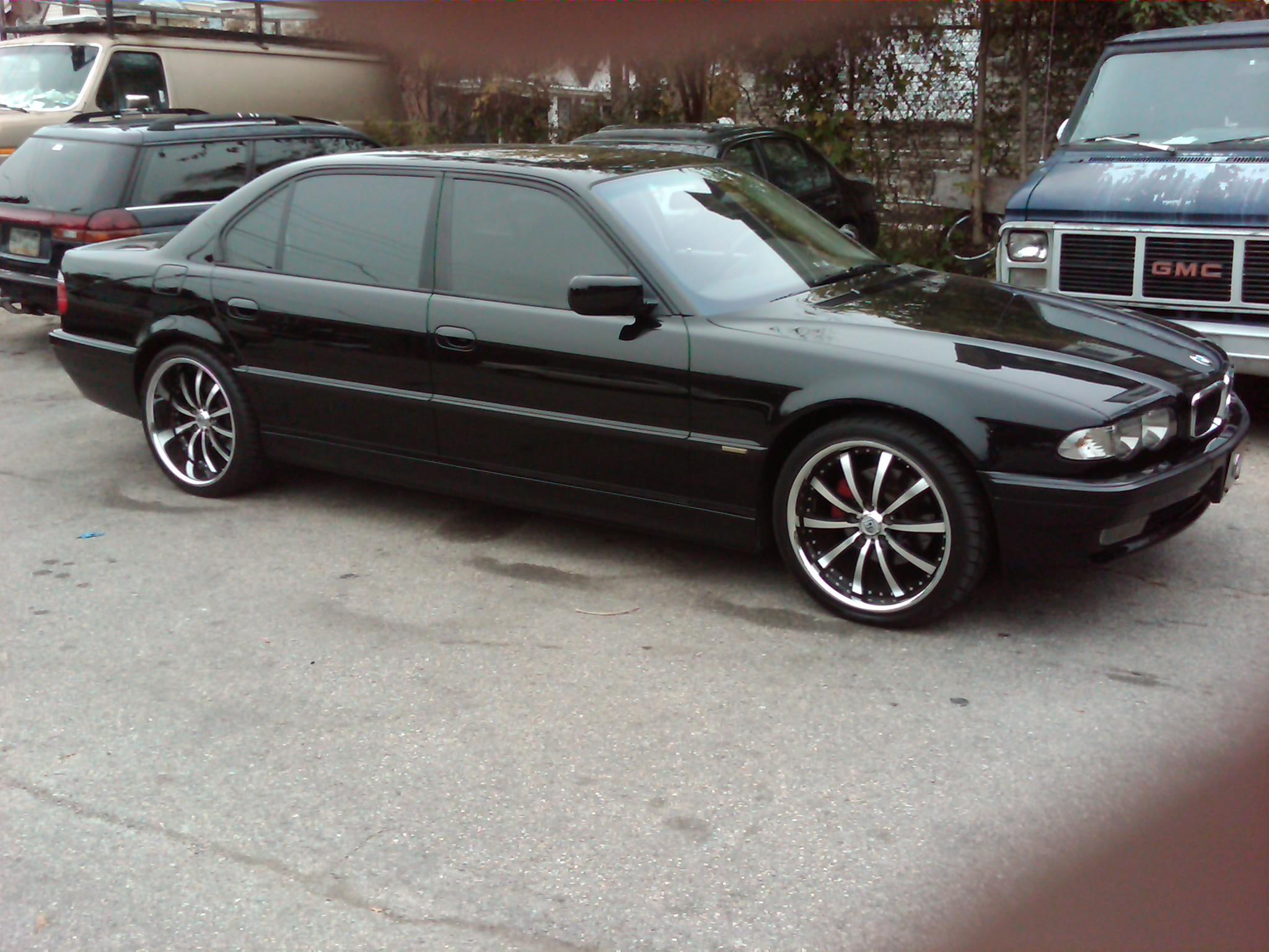 BMW 7 series 750i 2001 photo - 11