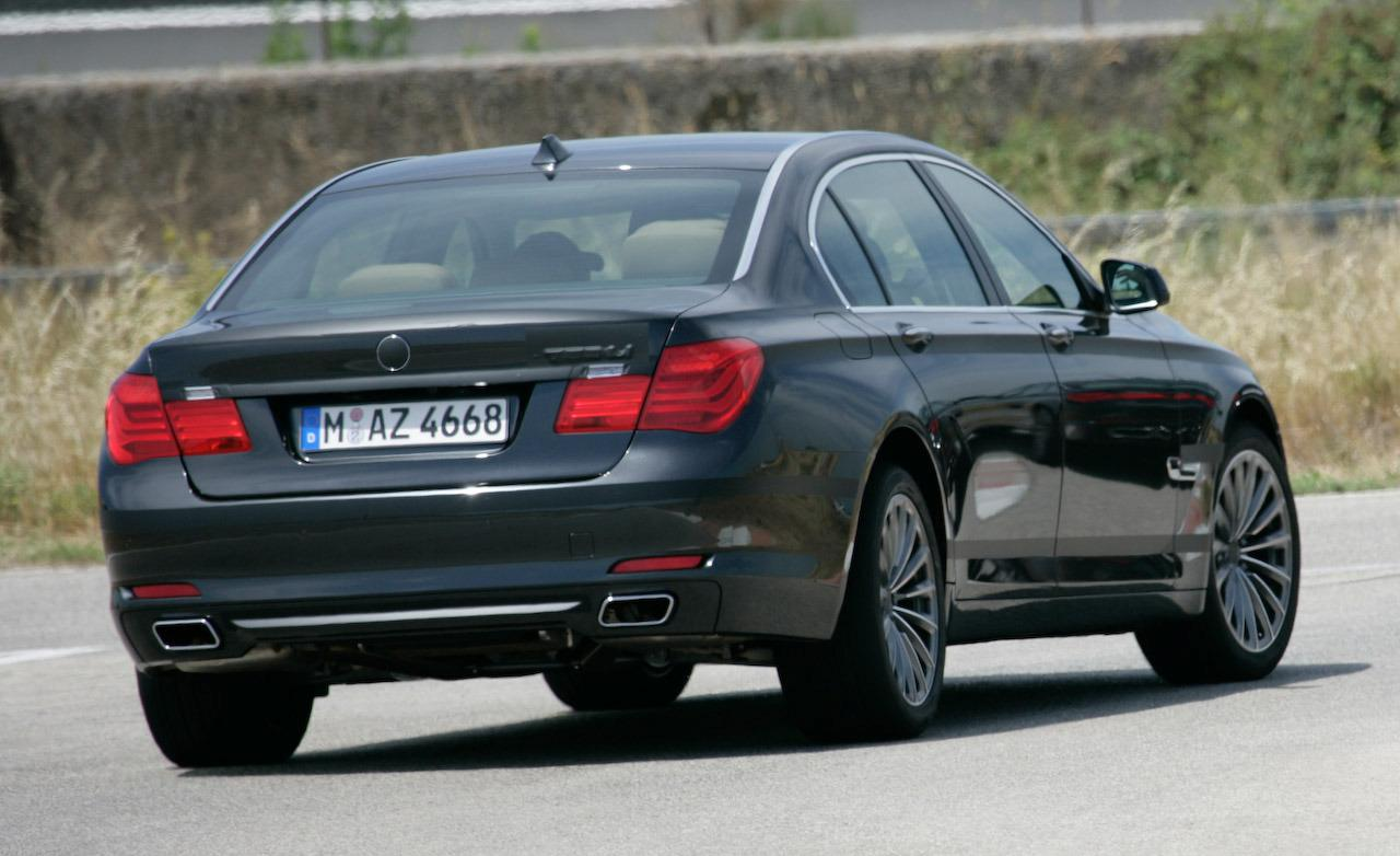 BMW 7 series 750i 2009 photo - 7