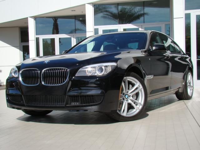 BMW 7 series 750i 2012 photo - 11