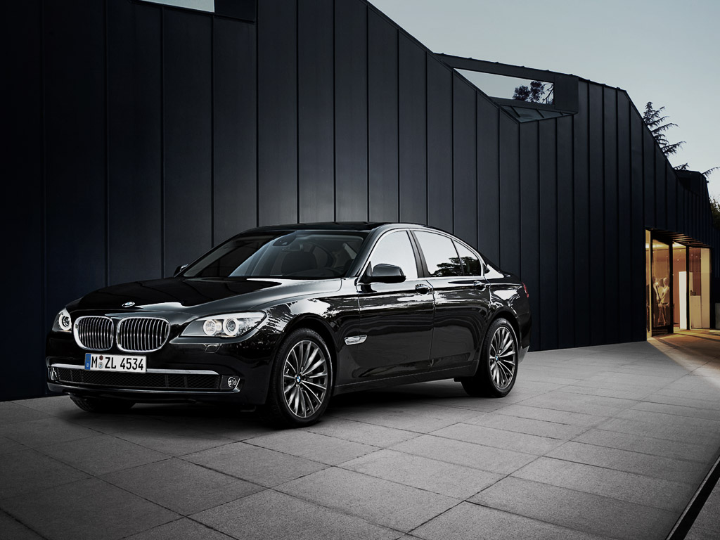 BMW 7 series 750i 2012 photo - 4