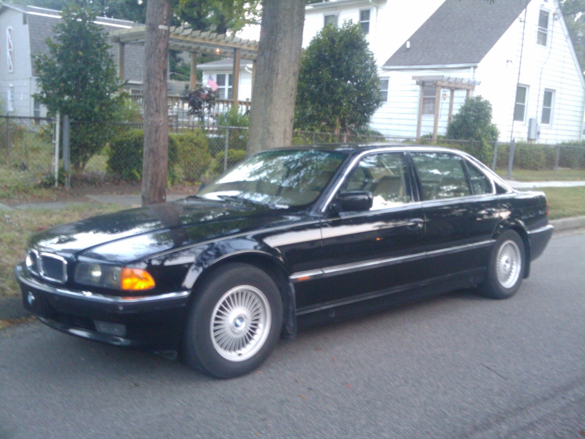 BMW 7 series 750iL 1996 photo - 3