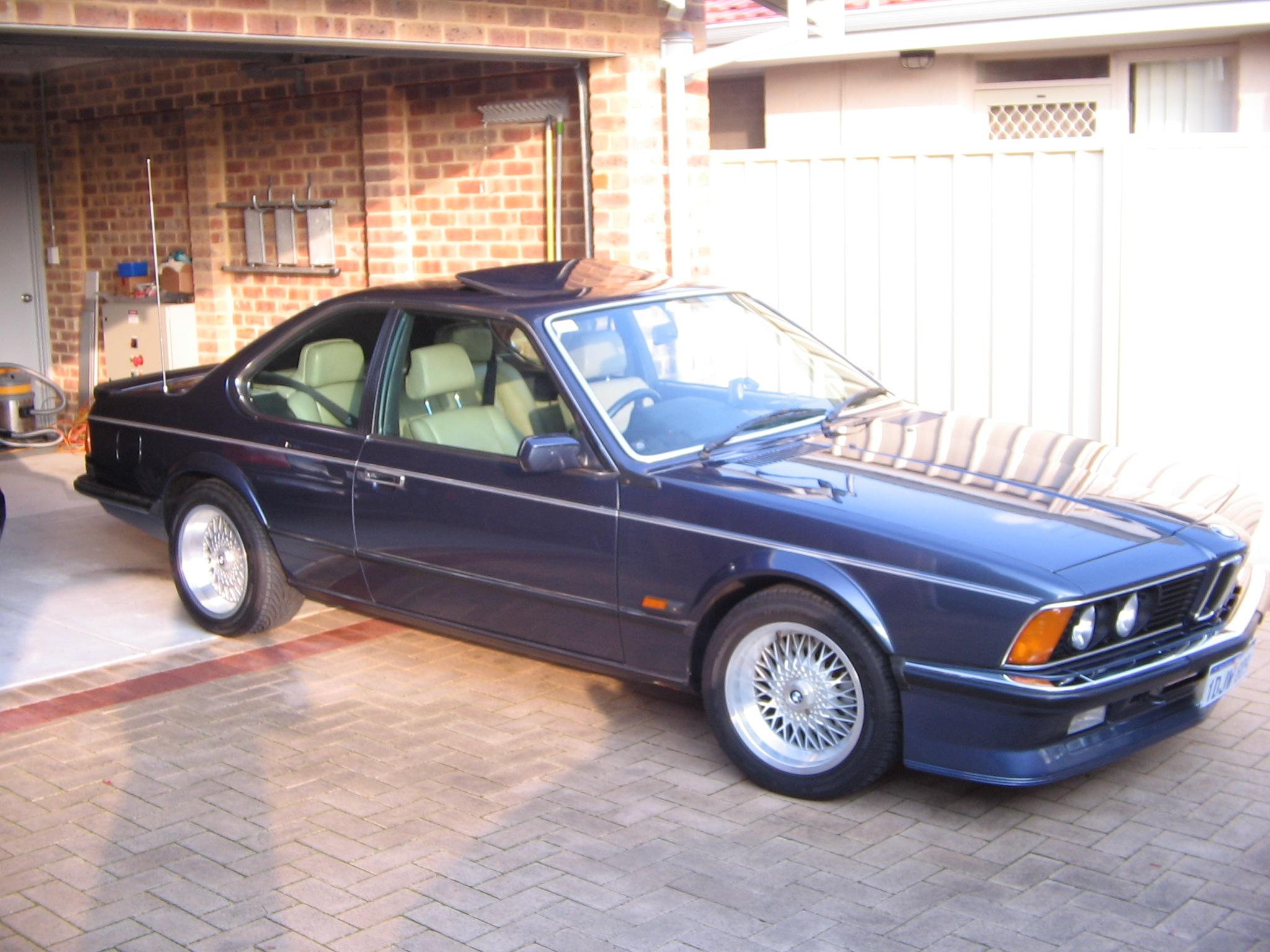 BMW M6 M635CSi 1983 photo - 9