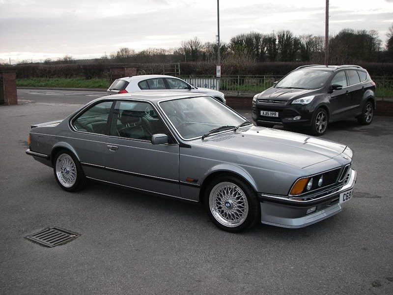 BMW M6 M635CSi 1989 photo - 8