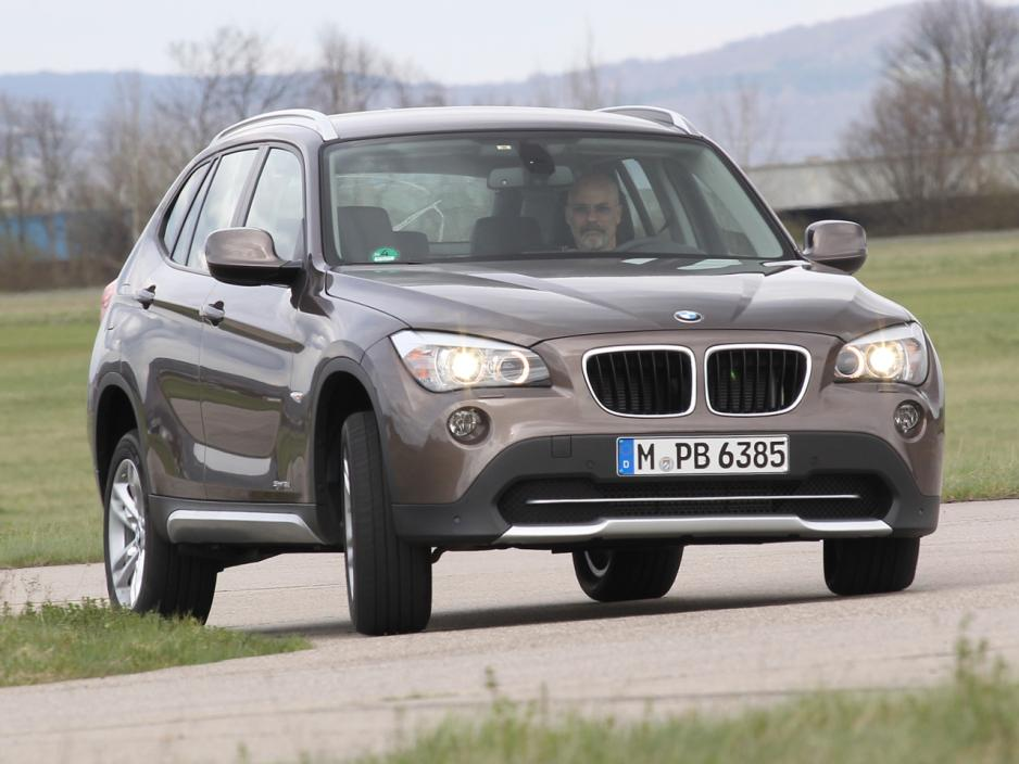 BMW X1 sDrive18d 2012 photo - 11