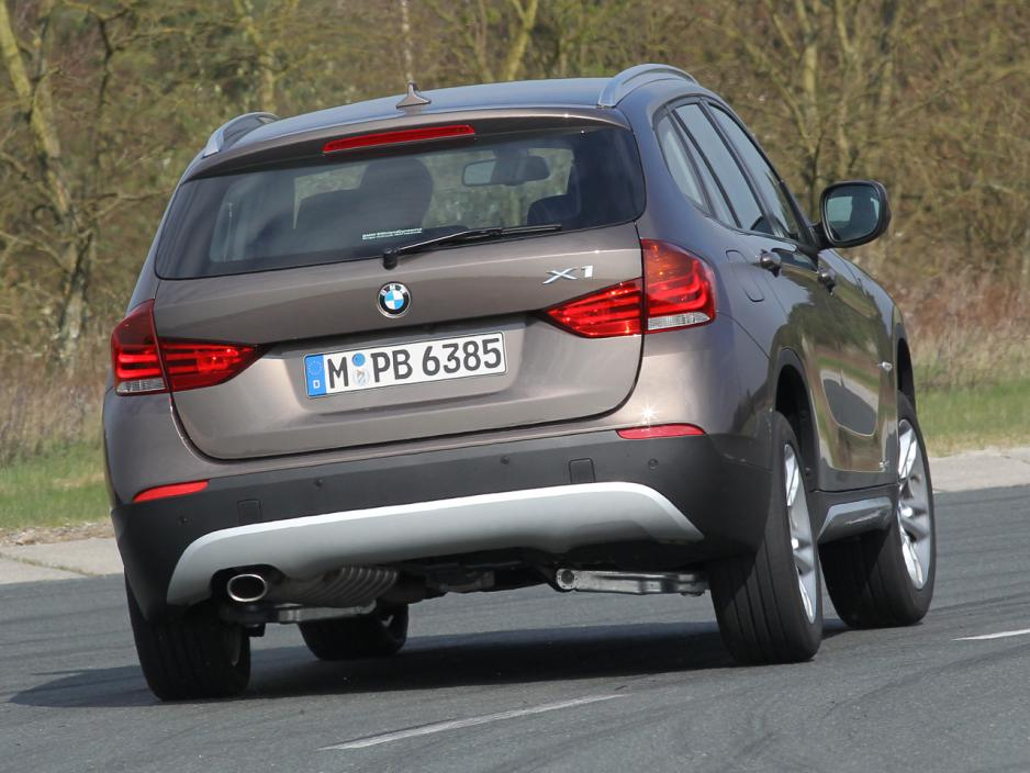 BMW X1 sDrive18d 2012 photo - 9