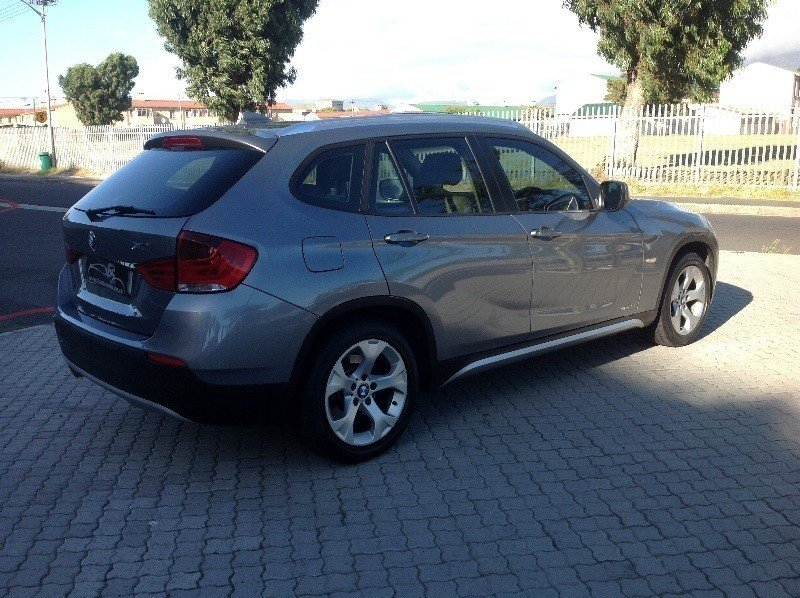 BMW X1 sDrive18i 2012 photo - 8