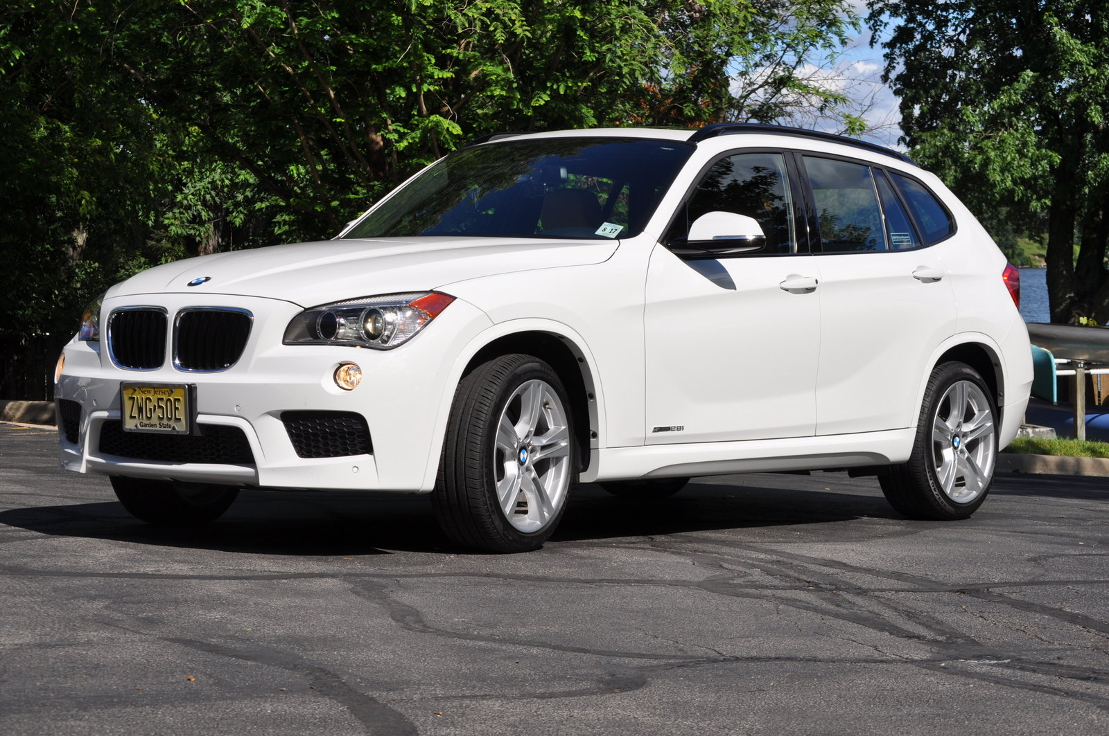 BMW X1 sDrive28i 2014 photo - 1