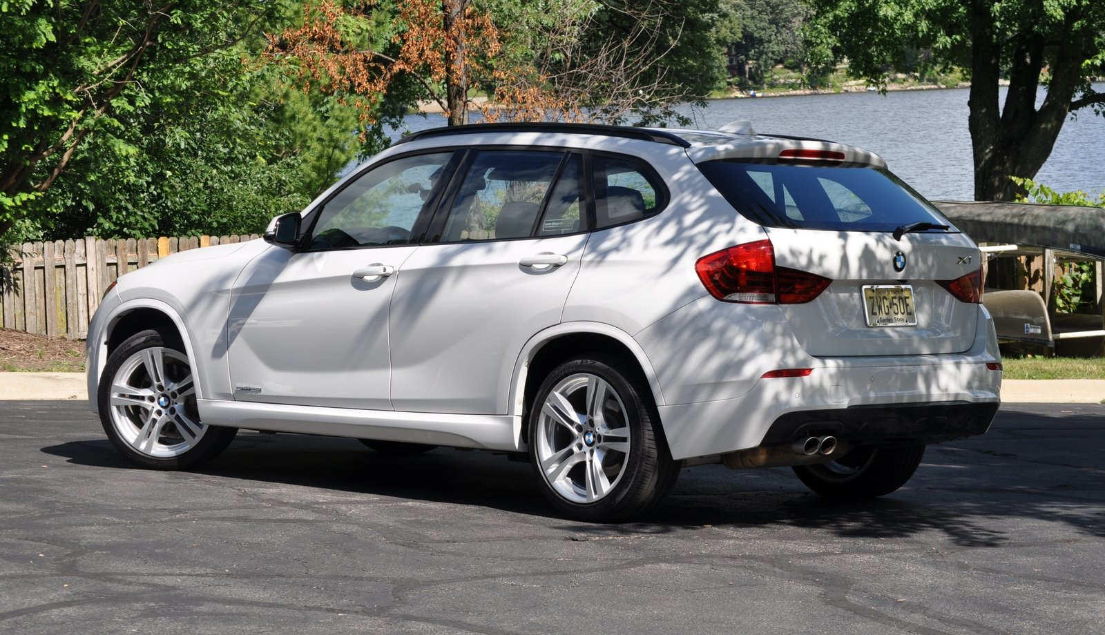 BMW X1 sDrive28i 2014 photo - 2