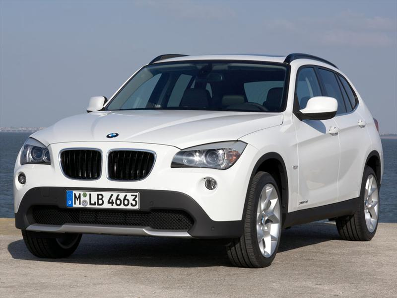 BMW X1 xDrive25i 2012 photo - 1