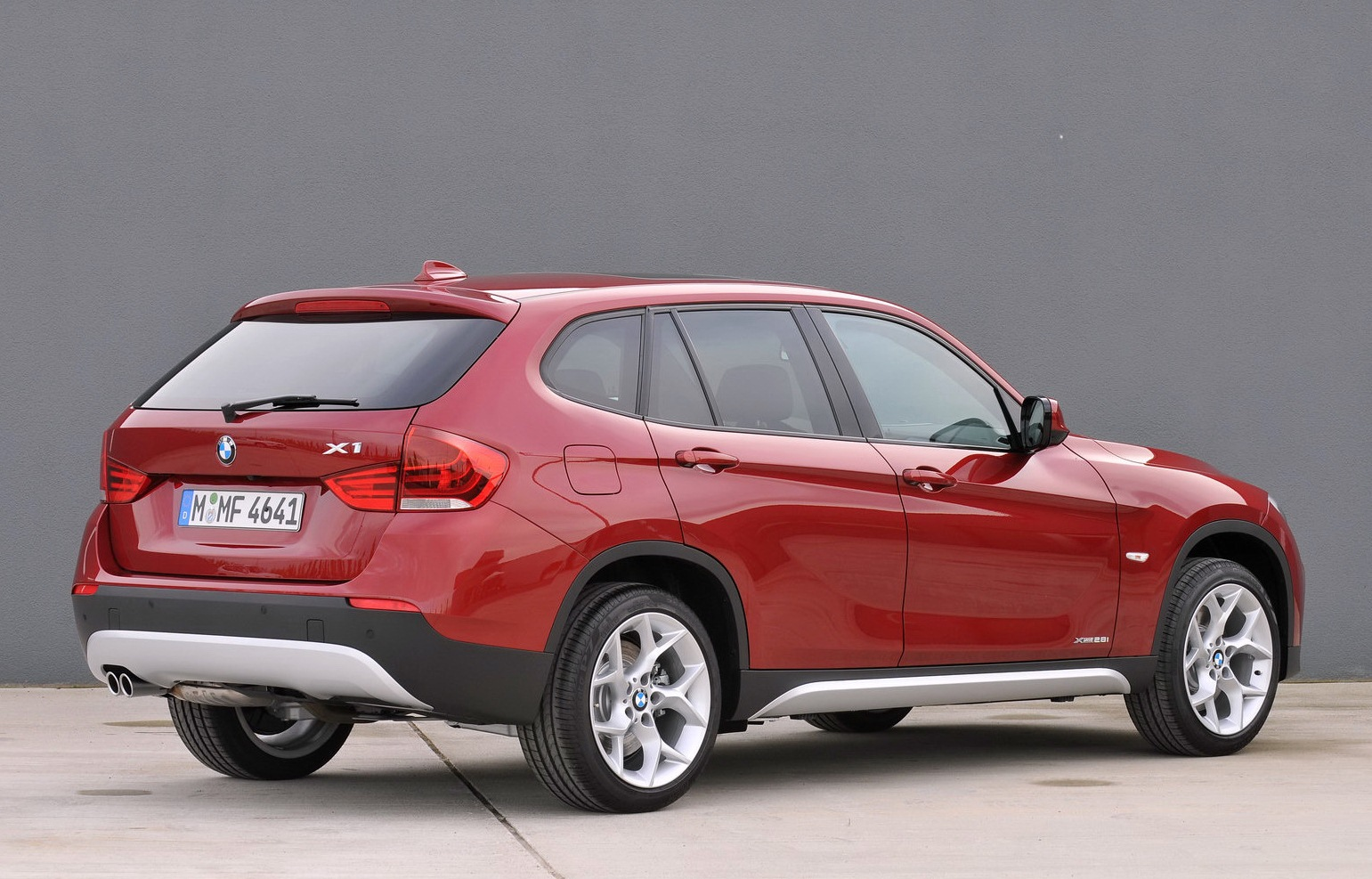 BMW X1 xDrive25i 2012 photo - 2