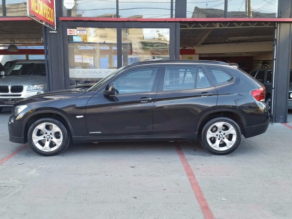 BMW X1 xDrive25i 2012 photo - 4