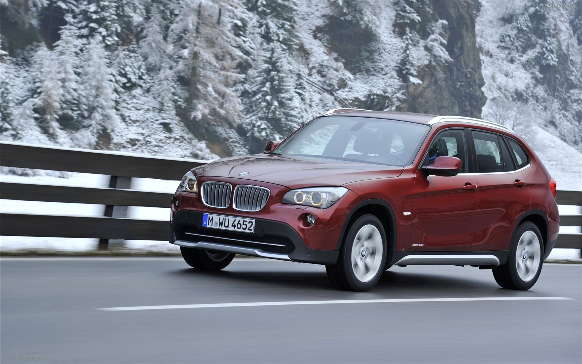 BMW X1 xDrive28i 2011 photo - 12